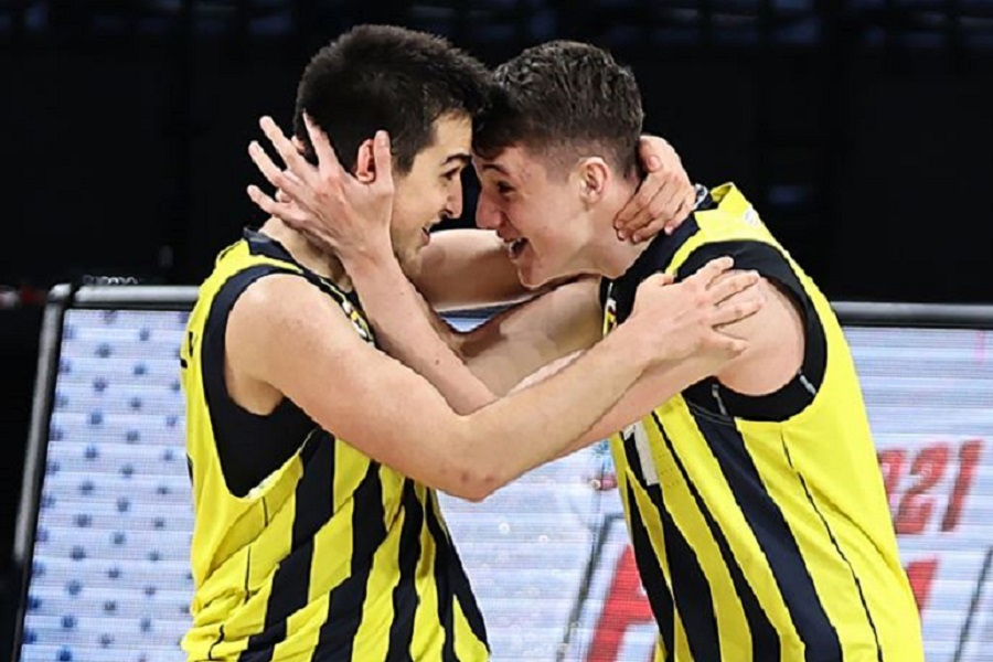 Fenerbahçe Koleji'nin kadrosu belli oldu